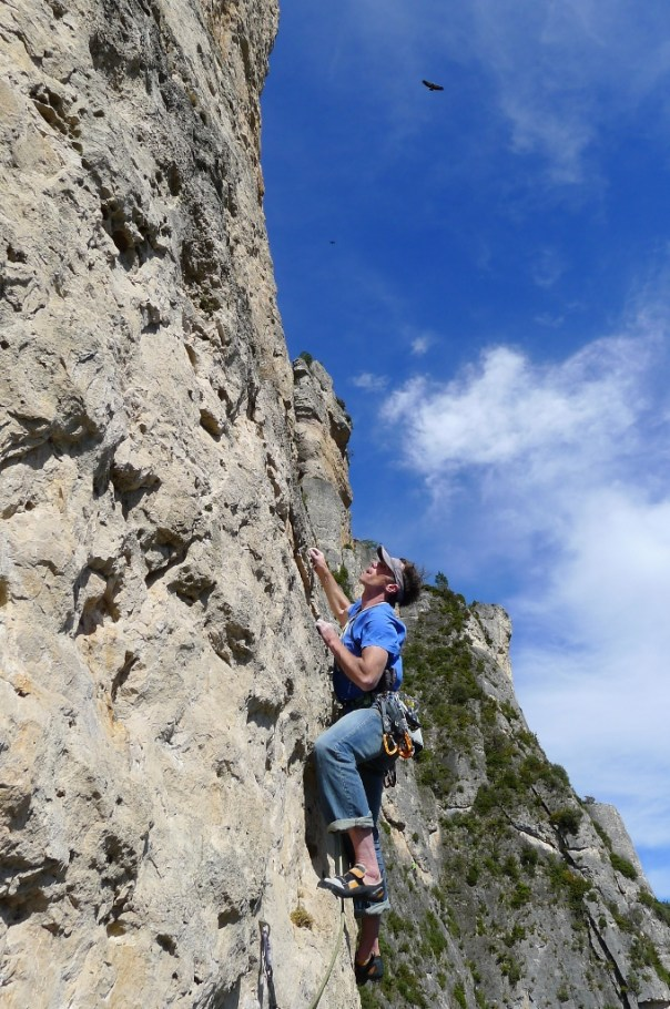 Tim accompanied by the vultures in Gorge du Jonte. Photo - Calum Muskett