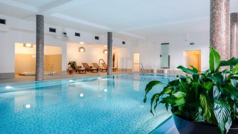 hotel-sasanka-hotel-z-basenem-w-gorach