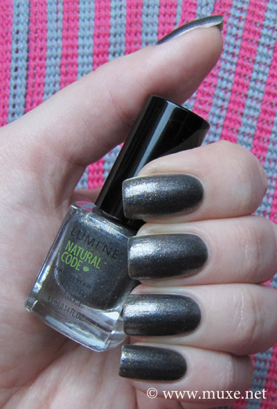 Lumene Trouble Maker Natural Code #33 swatch