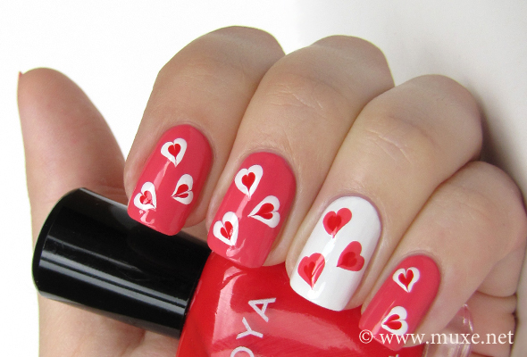 Hearts on nails design