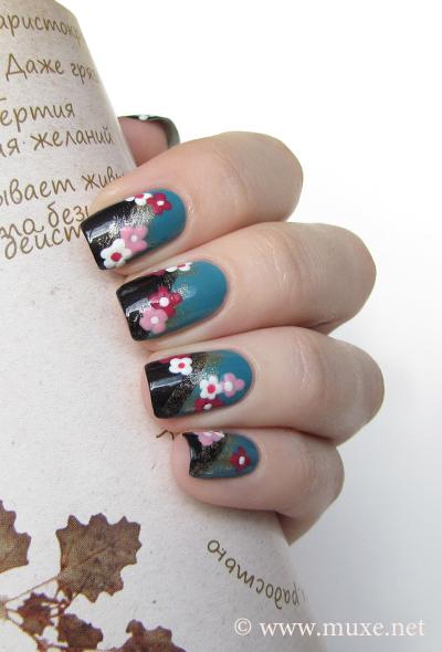 Black floral nail art