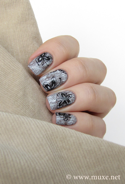 Vintage nail art with lace