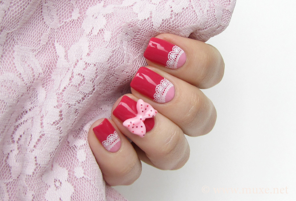 moon nails with laces mari's