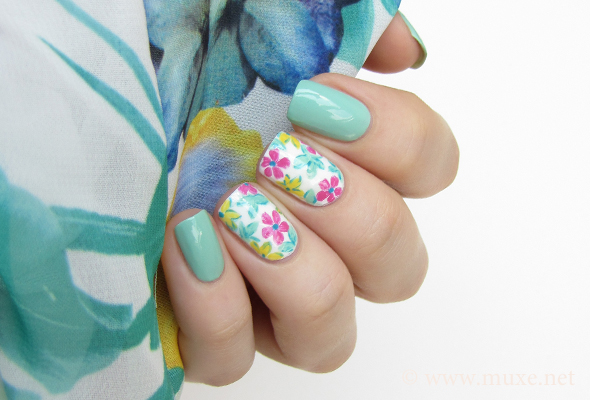 Flowers on white nail art