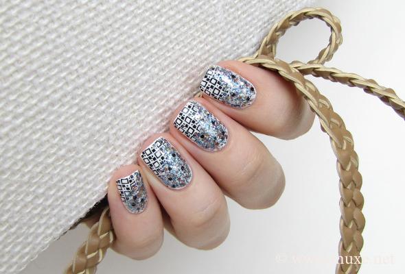 Jennifer Shimmer blue glitter polish