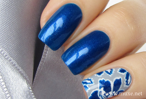 Maybelline Colorama blue nail polish