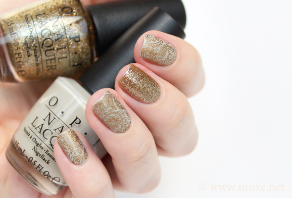 Grey and gold nails design