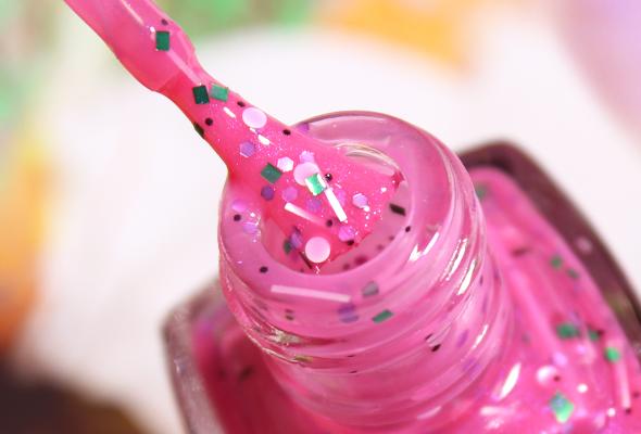 LYZ Cosmetics Rose Jelly brush