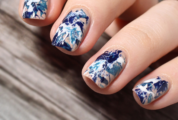 Splatter nail design over nude
