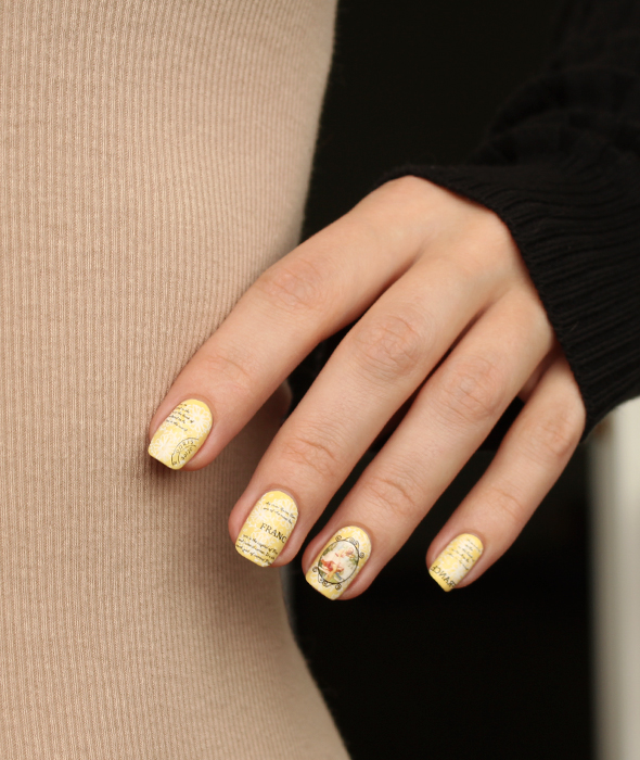 Text lines yellow nail design