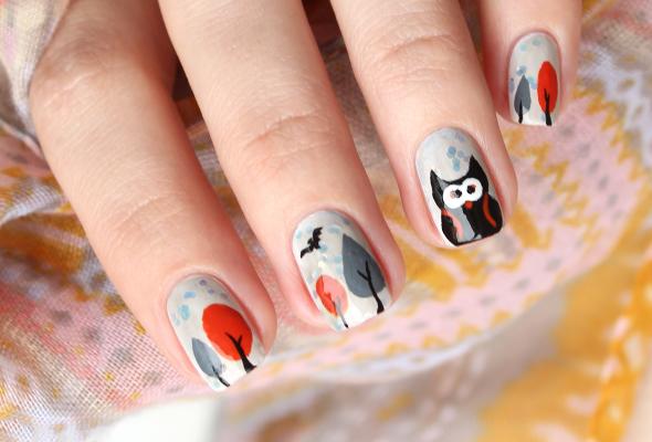 Halloween owl nail design