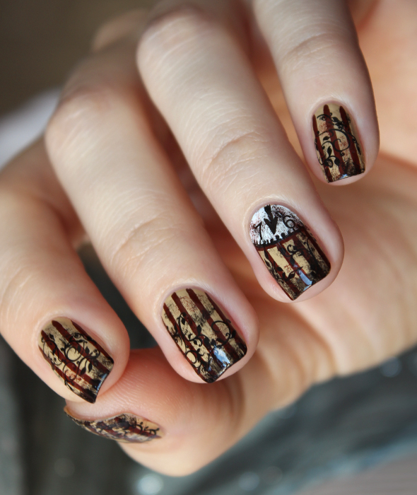 Steampunk clock nails art design