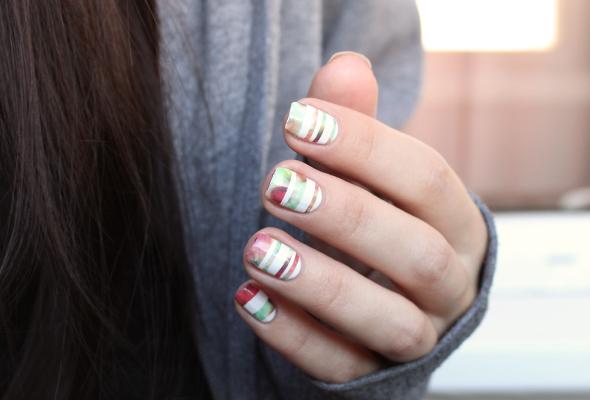 Colorful stripes nail design