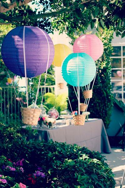Manualdiades para Baby Shower con globos aeroestáticos al aire libre