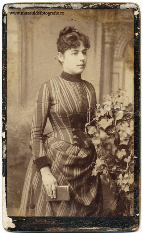 Portret realizat de Alois Kolpy ce avea atelier pe Bd. Cuza Nr.205 in Braila