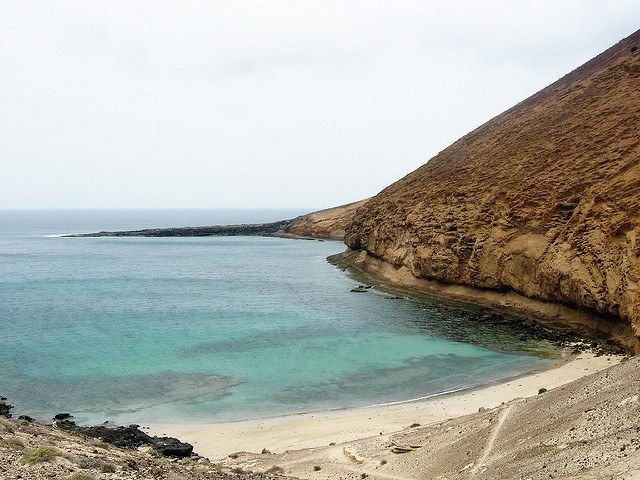 I can't wait to hang out in La Graciosa - photo courtesy of Revista BienMeSabe (flickr)
