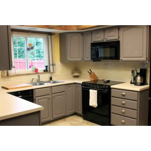 Distinguished Small Kitchen Space Small Apartment Kitchen Cabinet Design Small Kitchen Cabinets Ideas Grey Painted Kitchen Cabinets