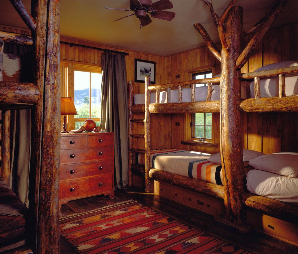 Cabin bedroom decorating ideas with bunk beds for lodge for Cabin bedroom designs