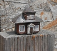 cropped-small-claymation-Edith-House