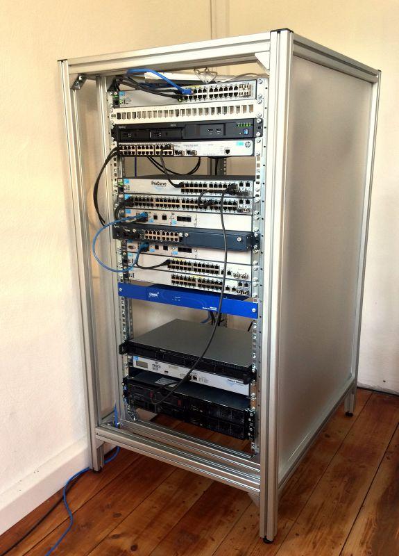 How To build a 19\u2033 Server Rack Frank @ MyBenkeorg