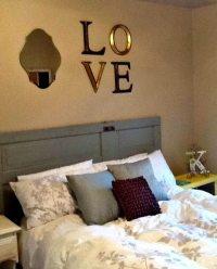 Wall decor above headboard | My Breezy Room