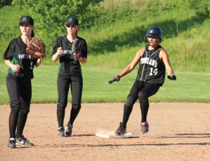SP_W_Softball1