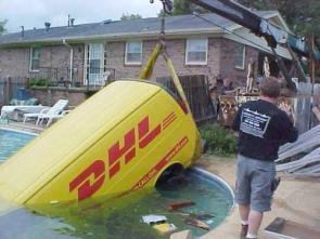 DHL Pool Service