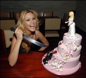 Murderous Wedding Cake