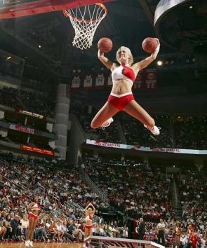 Hot Girl Doing Basketball tricks