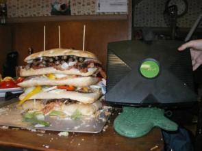 X-Box Vs Sandwich