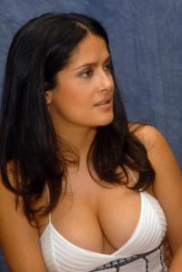 Salma Hayek High Resolution Cleavage