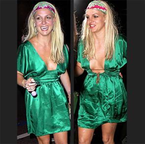 What happens when britney spears dresses herself