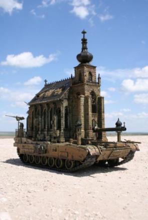 Uber castle tank