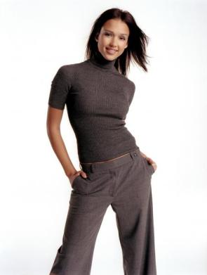 Jessica Alba In Turtle Neck