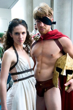 300 Cosplayers