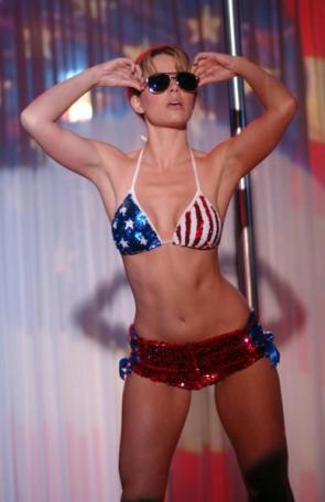 Erica Durance Bikini Pictures
