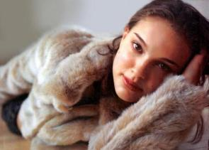 Natalie Portman In Fur Coat