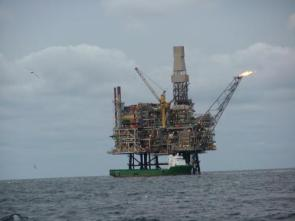 Awesome Super Amazing Oil Rig
