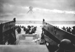 WW2 Strider Landing