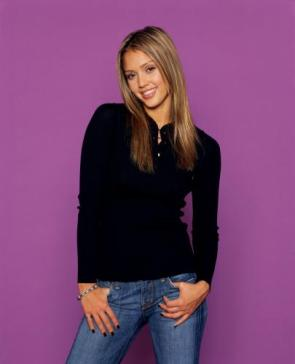 Jessica Alba – Black Top