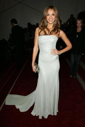 Jessica Alba's White Dress