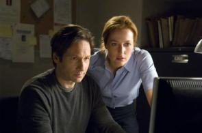 X-Files 2 Wallpaper – Fox And Mulder
