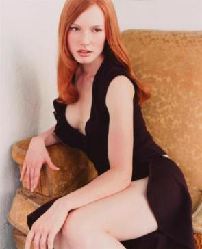 Alicia Witt – Black Dress