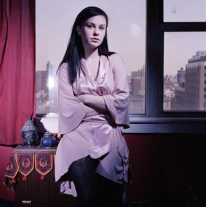 Anna Paquin – Cityscape