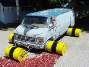 Apple Crushing Van
