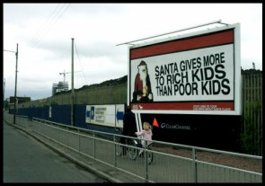 Santa Gives More To Rich Kids Than Poor Kids