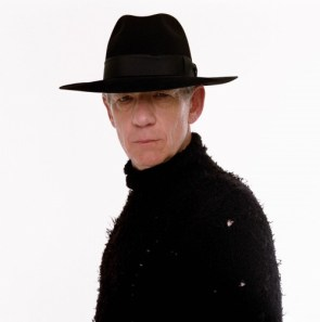 iam mckellen – man in a black hat