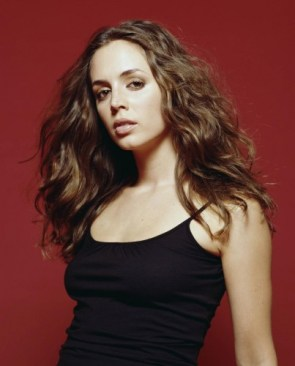 eliza dushku – black clothes red wall