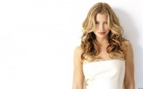 jessica biel – white busty top