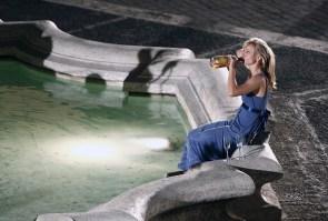 Kristen Bell – Drunk And Hot